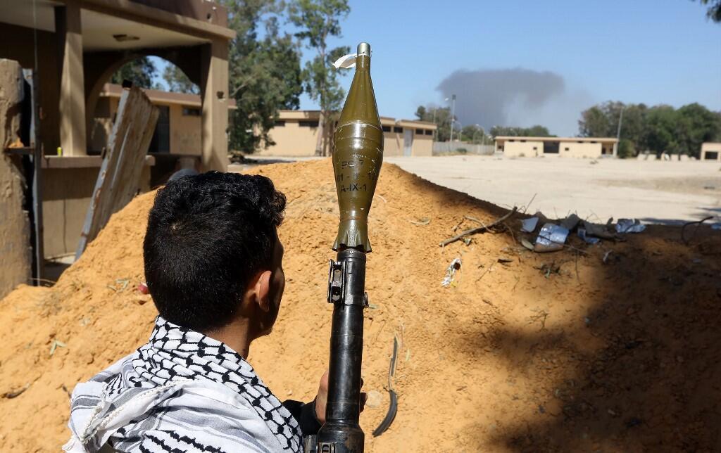 نمای مجتمع نظامی صلاحالدین در جنوب طرابلس پایتخت لیبی. سهشنبه ١٧ اردیبهشت/ ٧ مه ٢٠۱٩