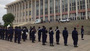 (illustration) Le Palais du peuple, bâtiment du Parlement congolais (RDC) à l'occasion de la rentrée parlementaire de 2016.