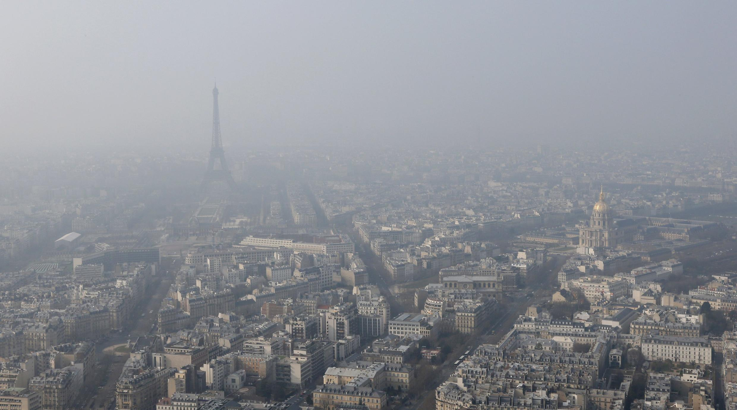 Paris on a high-pollution day in 2015