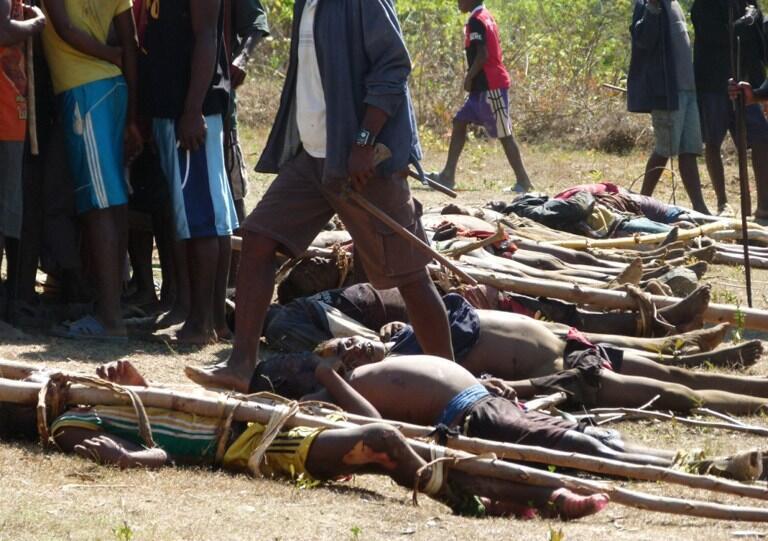 Gawawwakin 'Yan Dahalos, wadanda ake zargin suna satan shanu a kudancin Madagascar