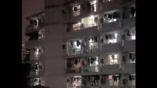 继西安外语大学之后,又有合肥工业大学学生宿舍喊楼要求解封 9月21日