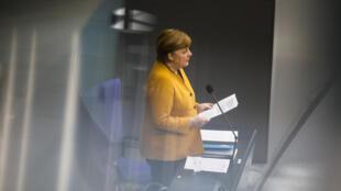 Ангела Меркель в бундестаге. 24.03.2021