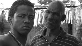 Yosner y Turco, hijo y padre, protagonistas de Siembra, la película de Angela Osorio y Santiago Lozano.