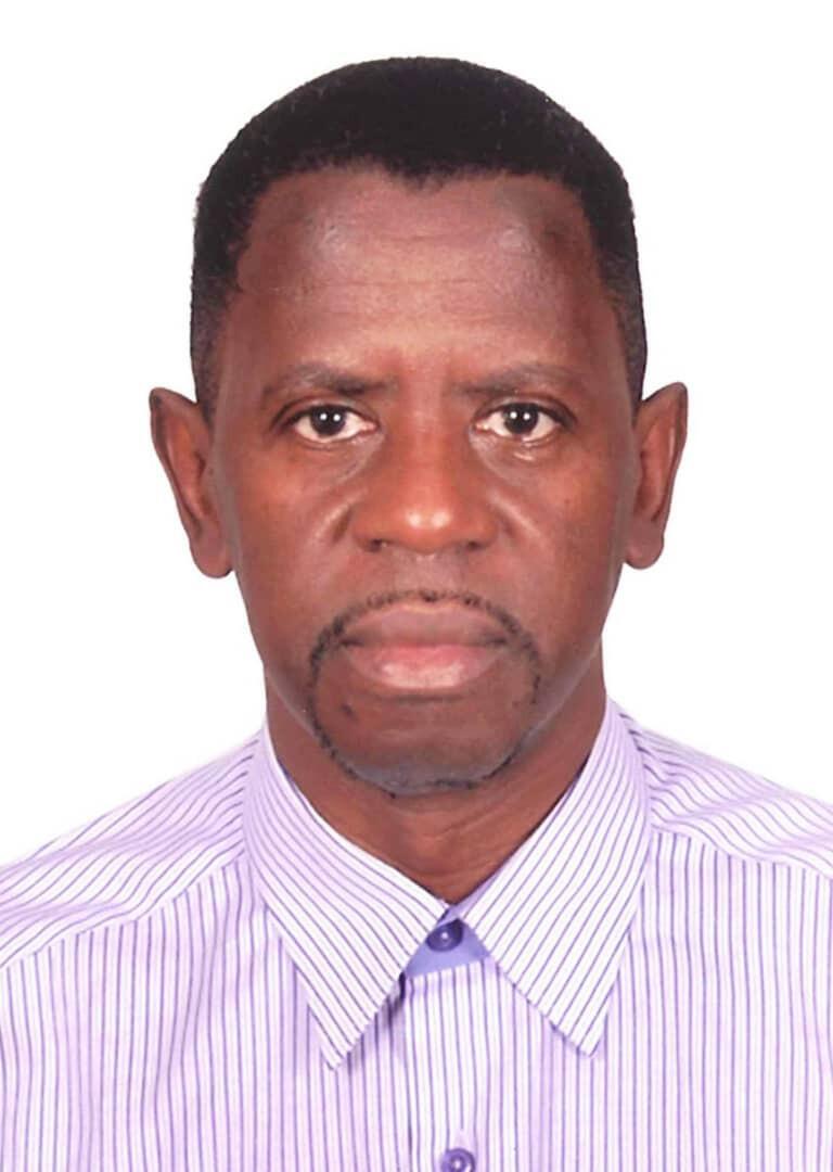 Dokteer Abdu BA, hertorɗo dawro e huuwondiral hak-leyɗe. Ko o jannginowwo, jeyaaɗo Senegaal