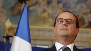 O presidente francês, François Hollande, durante coletiva nesta quinta-feira em Nice