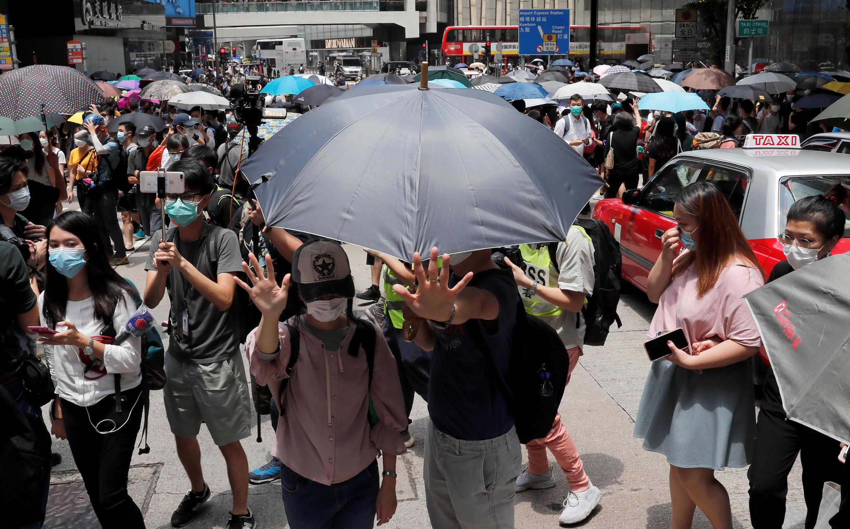2020-05-27T061409Z_2018496805_RC2UWG9P3TP6_RTRMADP_3_HONGKONG-PROTESTS-LEGISLATION