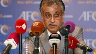 O xeque Salman ben Ibrahim Al-Khalifa, presidente da Confederação Asiática de Futebol (AFC), um dos candidatos à presidência da Fifa.