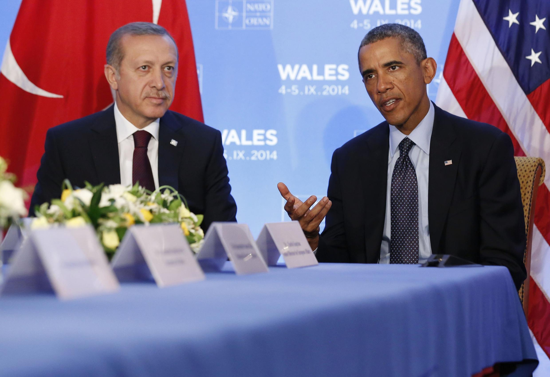 Tổng thống Hoa Kỳ Obama (phải) và Tổng thống Thổ Nhĩ Kỳ Erdogan tại thượng đỉnh Nato, Newport, 05/09/2014.