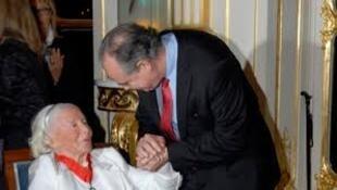 法國國寶級時尚元老105歲嘉宏(Marie-Louise Carven)辭世
