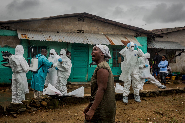 Cutar ebola ta hallaka mutane da dama a Saliyo da Guinea da Liberia.