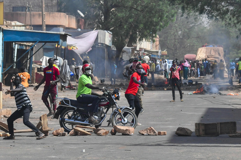 Niamey Niger Rue Capitale Echauffourées Présidentielle 24 février