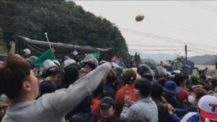 韓國星州抗議薩德的人群