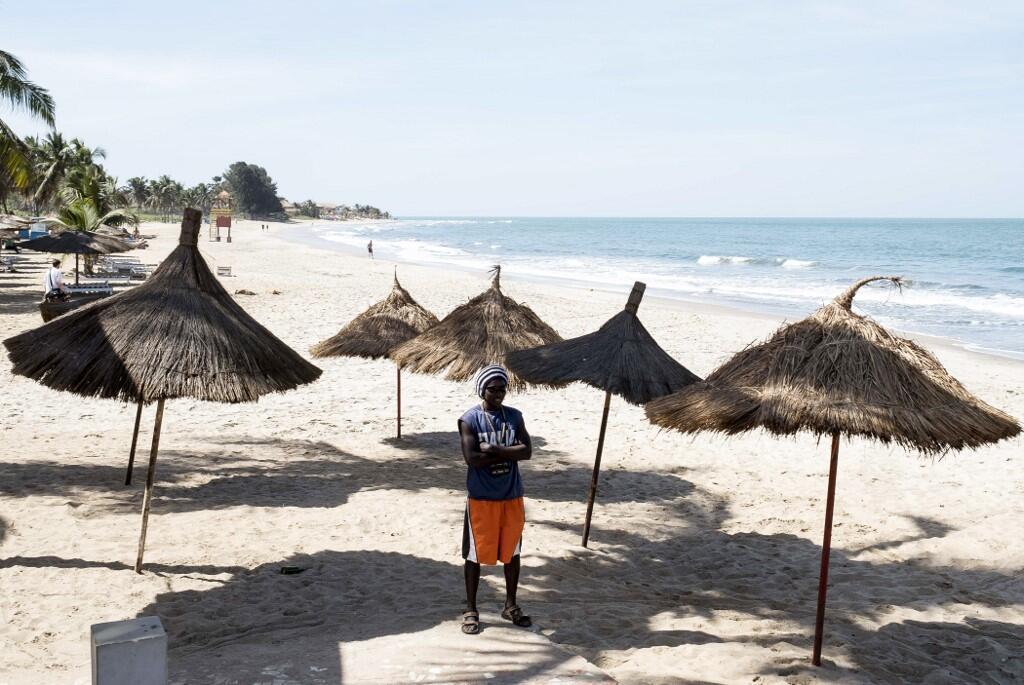 Une plage de Banjul en Gambie, en janvier 2017. (Photo d'illustration)