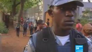 Avec une sécurité renforcée, le lycée français de Bamako a pu rouvrir ses portes.