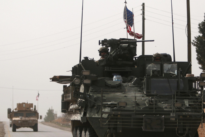 Blindados americanos na Síria neste mês de Março.