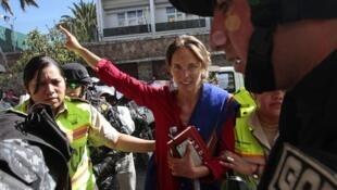Manuela Picq protesta contra o governo no Equador