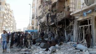 Một tòa nhà bị phá hủy do oanh kích tại Tarig Al Bab, gần Aleppo, Syria, ngày 23/04/2016.