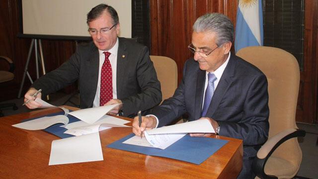 O acordo foi assinado pelo presidente da CNI, Robson Braga de Andrade, e pelo presidente da UIA, Adrián Kaufmann Brea