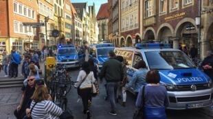 El centro de Münster tras la embestida del auto.