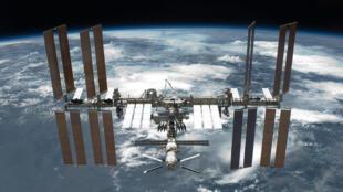 Обычно полет до МКС занимает около шести часов,  однако при запуске «Союза МС-17» использовалась особая - двухвитковая - технология, позволившая сократить это время почти вдвое.