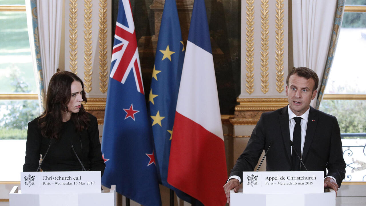 Macron, Ardern hold talks to step up fight against online extremismgoogle-play-badge_EN