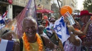 Chaque année, des chrétiens venus du monde entier marchent dans Jérusalem pour clamer leur soutien à Israël.