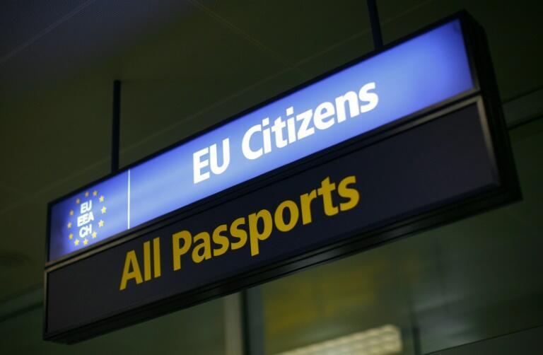 С 1 июля страны Шенгенской зоны начнут постепенно открывать внешние границы