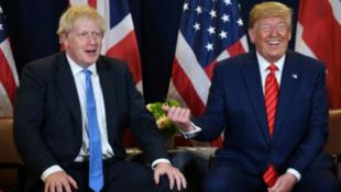 英国首相约翰逊与美国总统特朗普资料图片
