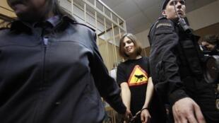 Надежда Толоконникова 19 апреля 2012