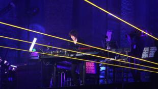 Jean-Michel Jarre sort un nouvel album intitulé « Electronica ».