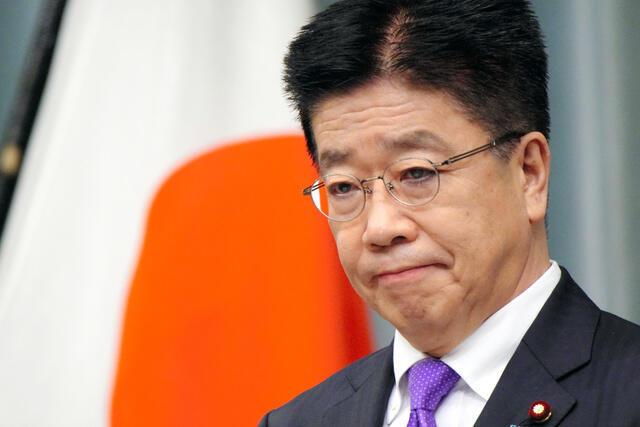 日本内阁官房长官加藤胜信资料图片