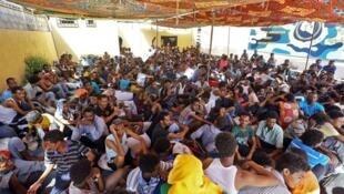 Wakimbizi wa Afrika wanaozuiwa nchini Libya