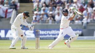 England batsman Ian Bell in action.