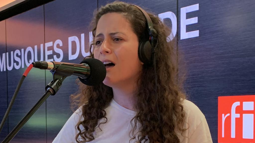 Youmna Saba à RFI.