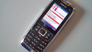 Le site mobile m.rfi.fr sur un téléphone Nokia E51