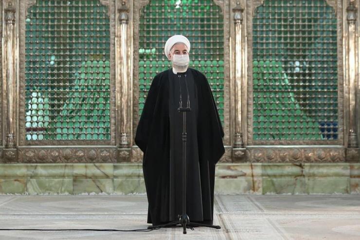 Rohani devant la tombe de Khomeini