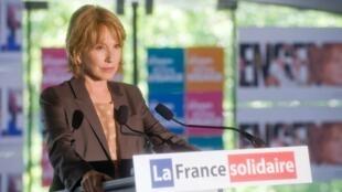 Nathalie Baye dans la fiction politique «Les hommes de l'ombre» sur France 2.