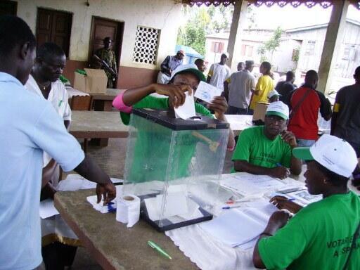 Primeira volta das presidenciais em São Tomé e Príncipe