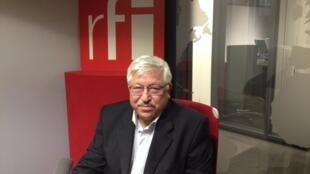 کریم پاکزاد، پژوهشگر در موسسۀ روابط بین الملل و استراتژیک و مسئول روابط خارجی حزب سوسیالیست فرانسه