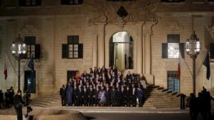 Picha za viongozi wa Ulaya na wenzao wa Afrika kuhusu maendeleoya Ulaya na Afrika kwa kuzuia suala la uhamiaji, Valletta, Novemba 11, 2015.