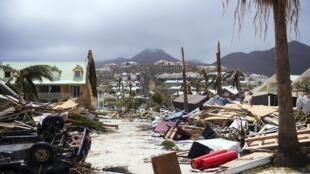 Ilha de Saint-Martin após passagem do furacão Irma. 7 de Setembro de 2017.