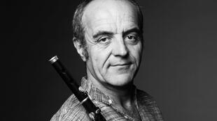 Jean-Luc Thomas continually enriches his flute playing with musicians all over the world