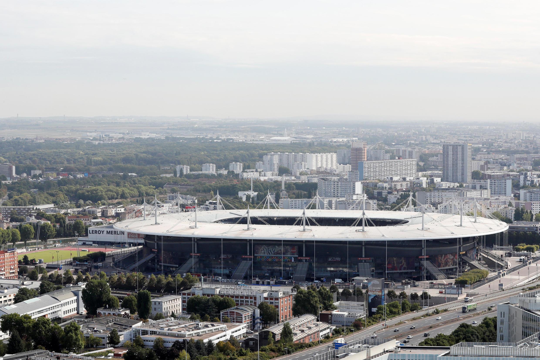 Sân vận động Stade de France, tại Saint Denis ngoại ô Paris, công trình sẵn có phục vụ cho Olympic 2024.