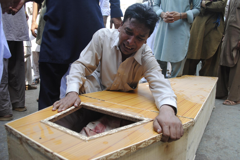 Đau thương bao trùm Peshawale, nơi hơn 70 người vừa thiệt mạng trong vụ khủng bố, 22/09/2013.