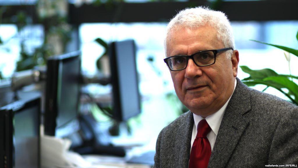 فریدون خاوند استاد اقتصاد در پاریس