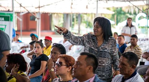A líder comunitária brasileira Maria do Socorro, presidente da Associação dos Caboclos, Indígenas e Quilombolas da Amazônia (Cainquiama), de Barcarena, no Pará, sabe que corre risco de vida