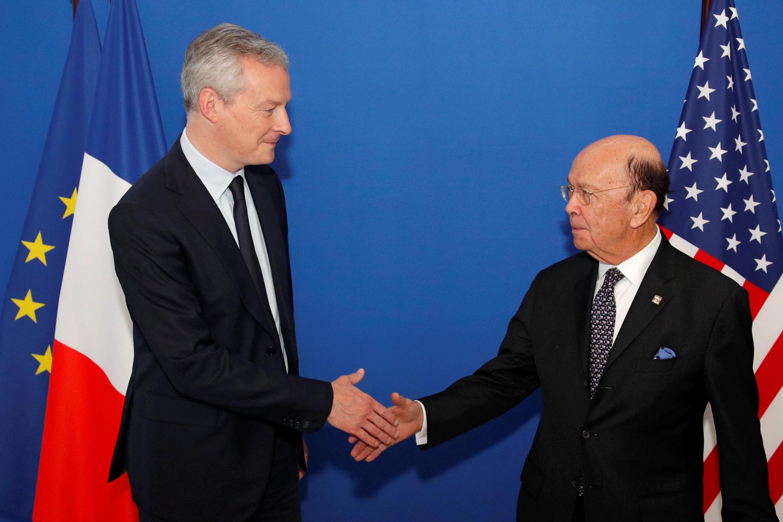 ویلبر راس، وزیر تجارت آمریکا، که برقراری تعرفههای جدید گمرکی را اعلام داشت، با برونو لومِر در پاریس دیدار کرد – ٣١ مه ٢٠١٨/ ١٠ خرداد ١٣٩٧