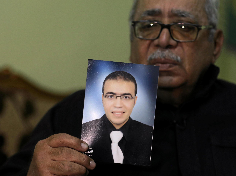 """عبدالله رضا الحمامی،  فرد متهم به عملیات تروریستی در مقابل موزه """"لوور"""" در پاریس."""
