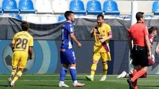 Lionel Messi célèbre son deuxième but sur la pelouse d'Alaves, le 19 juillet.