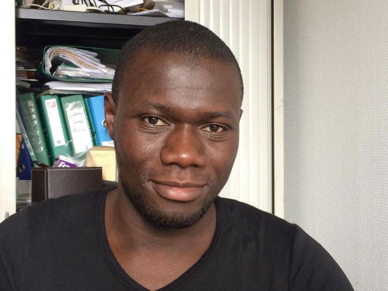 Idrissa Konte, Malien et fondateur en France de l'entreprise «Afrilangues».